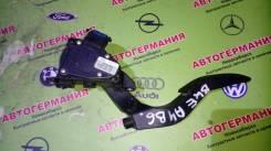 Педаль газа. Audi A4, 8E2, 8E5, 8EC, 8ED, 8H7 Audi S4, 8E2, 8E5, 8EC, 8ED, 8H7 Двигатели: AKE, ALT, ALZ, AMB, AMM, ASB, ASN, AUK, AVB, AVF, AVJ, AVK...
