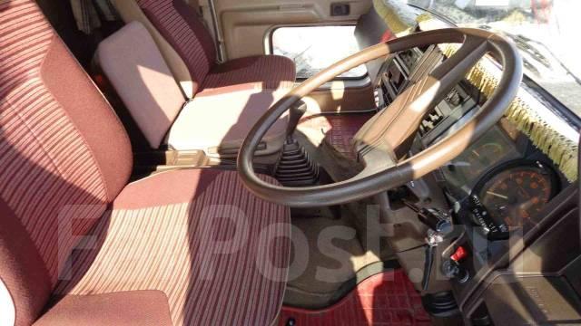 Hino Ranger. Продам , 7 000куб. см., 8 000кг., 4x2