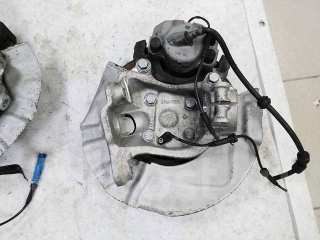 Ступица. BMW 5-Series, E60, E61 Двигатели: M47TU2D20, M57D30TOP, M57D30UL, M57TUD30, N43B20OL, N47D20, N52B25UL, N53B25UL, N53B30OL, N53B30UL, N54B30...