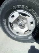 Продам 5 колёс, диски оригинал Ниссан. С резиной 31x10.5 Geolander. 7.0x15 6x139.70 ET25 ЦО 101,0мм.