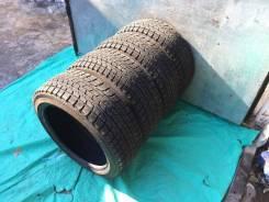 Bridgestone Blizzak Revo1. Зимние, без шипов, 2015 год, износ: 5%, 4 шт