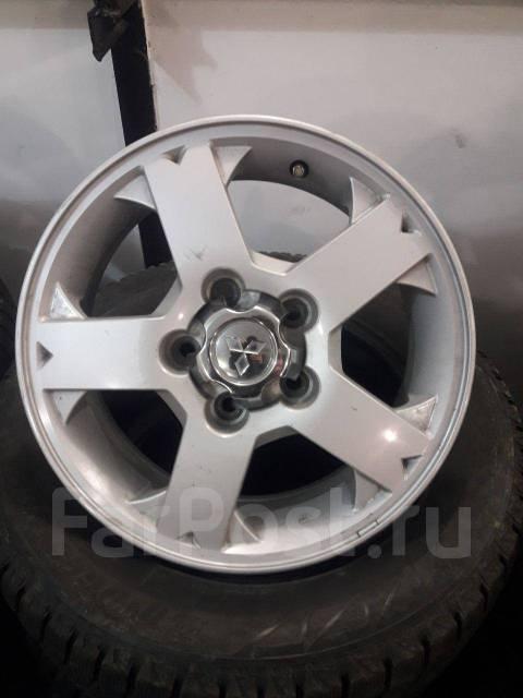 Mitsubishi. x15, 5x114.30