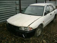 Mitsubishi Libero. CD8V, 4D68