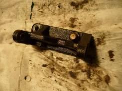 Крепление компрессора кондиционера. Daihatsu YRV, M200G, M201G, M211G Двигатели: K3VE, K3VET