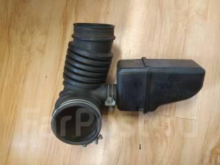 Патрубок воздухозаборника. Mitsubishi Pajero, V65W, V75W Mitsubishi Montero, V65W, V75W Двигатель 6G74