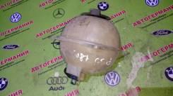 Расширительный бачок. Volkswagen: Caddy, Vento, Corrado, Golf, Polo, Passat Двигатели: ASK, AGD, APQ, AGPAQM, ANW, ANV, MM, ASV, AKK, AKL, AHU, 2G, AV...