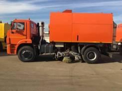 Кургандормаш КО-318Д. Подметально-уборочноя машина , 6 700куб. см.