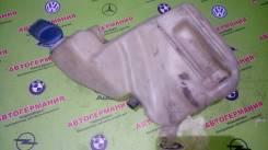 Бачок стеклоомывателя. Audi A6, 4B2, 4B4, 4B5, 4B6, C5 Audi A6 allroad quattro, 4BH Audi RS6, 4B4, 4B6 Audi S6, 4B2, 4B4, 4B5, 4B6 ACK, AEB, AFB, AFN...
