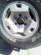 Продам 5 колёс, диски оригинал Ниссан. С резиной 265-75 R15 Geolander. 7.0x15 6x139.70 ET25 ЦО 101,0мм.