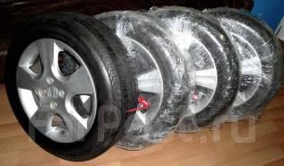 Колеса Honda r15 4x100 175/65. 4x100.00 ET45 ЦО 56,1мм.