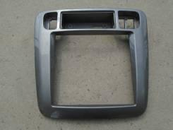 Консоль панели приборов. Nissan Liberty, RM12