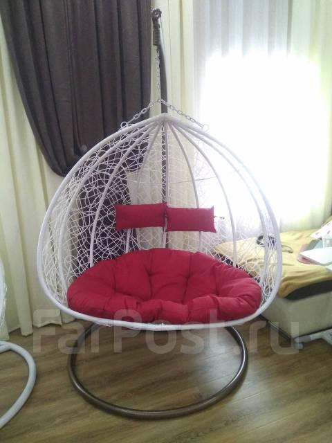 Кресла подвесные.