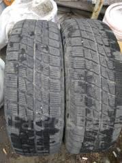 Bridgestone Ice Partner. Зимние, без шипов, 2015 год, износ: 30%, 2 шт