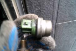 Датчик включения вентилятора. Audi A6, C5