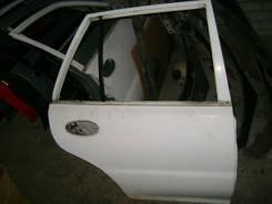 Дверь Mitsubishi Libero CD8V 1992 4D68 прав. зад.