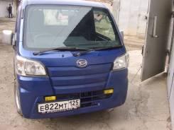 Daihatsu Hijet Truck. Продаётся грузовик Daihatsu Hijet 2015г бортовой 4ВД бензин 46лс V 0,7, 700куб. см., 350кг.