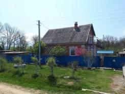 2-х этажный кирпичный дом. Село Калиновка ул. Набережная 20, р-н Спасский, площадь дома 98кв.м., скважина, электричество 30 кВт, отопление электриче...