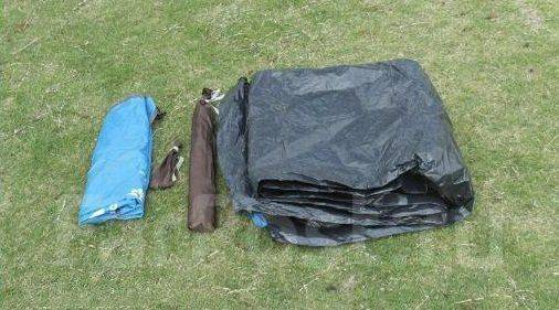 Палатки.