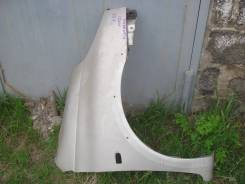 Крыло правое переднее тойота функарго