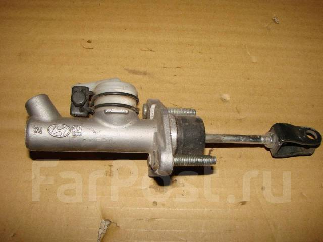 Цилиндр сцепления главный. Hyundai Getz Hyundai Click Двигатель G4EE