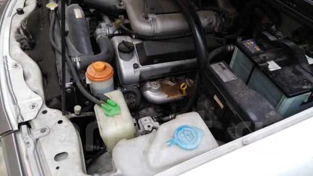 Крепление двери багажника. Chevrolet Tracker Suzuki Grand Escudo, TX92W Suzuki Grand Vitara XL-7, TX92W Suzuki Escudo, TD52W, TA52W, TD62W, TA02W, TD0...