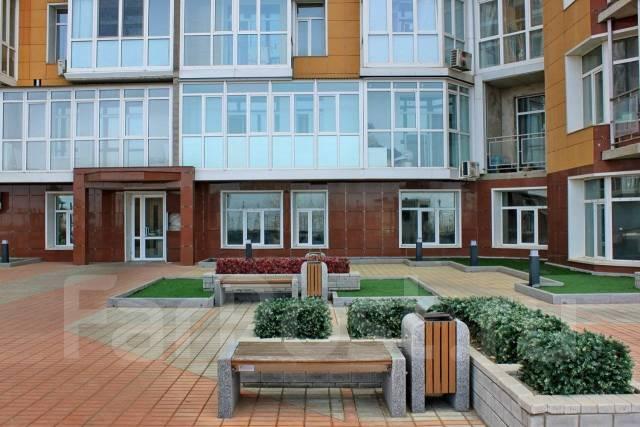 2-комнатная, улица Прапорщика Комарова 58. Центр, агентство, 78кв.м.