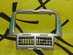 Консоль магнитофона TOYOTA VITZ KCP90