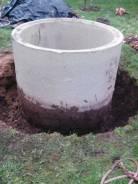 Копаем выгребные ямы для дачь и бань.