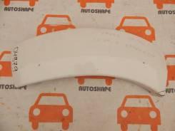 Накладка переднгео бампера Toyota Hilux Pick Up, левая