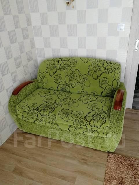 продам диван малогабаритный мебель во владивостоке