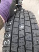 Dunlop DSV-01. Зимние, без шипов, 2011 год, 10%, 4 шт. Под заказ