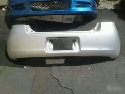 Бампер. Toyota Yaris Toyota Vitz