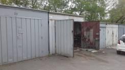 Продаю гараж. улица Шепеткова 8, р-н Луговая, 19кв.м., электричество, подвал.