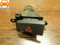 Кнопка включения аварийной сигнализации Mitsubishi Pajero