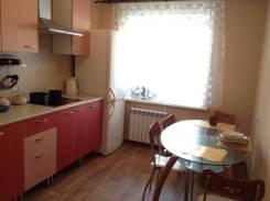 2-комнатная, улица Войкова 8. Железнодорожный, частное лицо, 60кв.м.