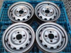 """Nissan. 5.0x13"""", 4x114.30, ET40, ЦО 67,1мм."""