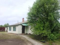 Продается большой кирпичный дом в с. Полевое. Улица Новая (с. Полевое), р-н с.Полевое, площадь дома 65кв.м., скважина, электричество 10 кВт, отоплен...