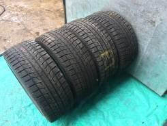 Bridgestone Blizzak Revo2. Зимние, без шипов, 2012 год, износ: 10%, 4 шт
