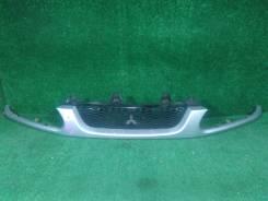 Решетка радиатора Mitsubishi Delica, PD6W PA3V PA4W PA5V PA5W PD4W PD8W PE8W PF6W PF8W FE8W PB5W PD5V, MR322168, передняя