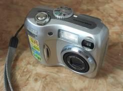 Nikon Coolpix 3100. Менее 4-х Мп, зум: 3х