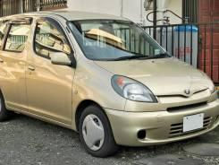 Toyota Platz. Без водителя
