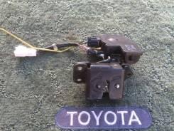 Замок багажника. Toyota Allex, NZE121 Toyota Corolla Runx, NZE121