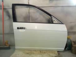 Дверь передняя правая Хонда Цивик ферио кузов ES1, ES2, цвет белый