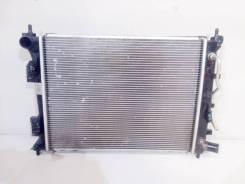 Радиатор охлаждения двигателя акпп + кондиционера hyundai solaris /