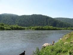 Продам земельный участок у реки. 10кв.м., собственность, электричество, вода