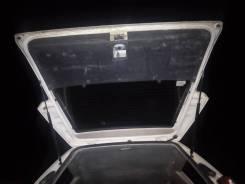 Амортизатор двери багажника.