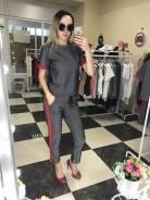 Продам женские костюмы 42-46 размер оптом