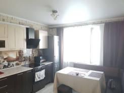 2-комнатная, улица Малиновского 38б. Индустриальный, частное лицо, 60кв.м.