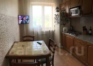 3-комнатная, улица Ладожская 27. Индустриальный, частное лицо, 67кв.м.
