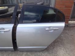Дверь задняя левая Honda Civic 4D FD 2006-2011